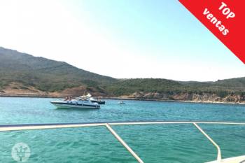 foto con vistas desde el yate de marina blue Avistamientos Tarifa